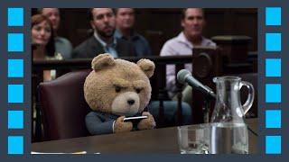Тед Клаберленг в суде — «Третий лишний 2» (2015) сцена 7/10 QFHD