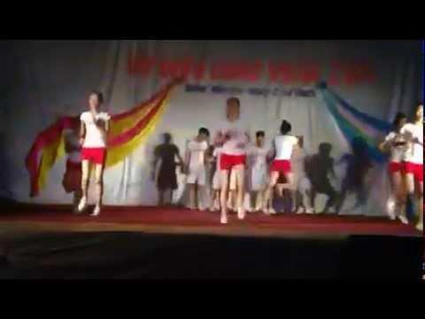 Nhảy aerobic (Giải nhất aerobic 2014 - Lớp 11A4 THPT Thái Lão)