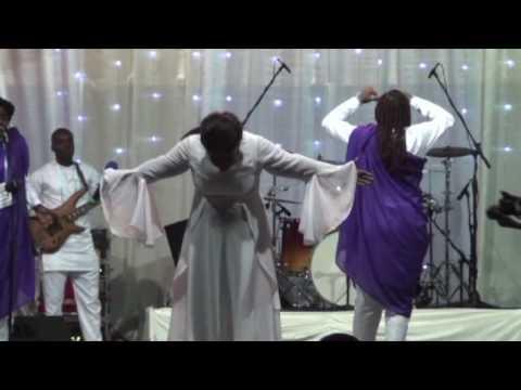 RVD Diane Oméga Parfum qui chante (Live au son de la trompette acte 4)