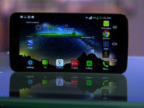 LG G Flex flexes its bendy 6-inch screen