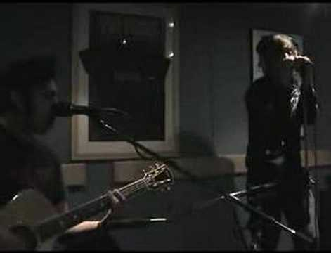 Billy Talent - Standing in the Rain acoustic (BILLY TALENT)
