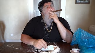 RARE Footage of Pablo Escobar on Vacation, In Surprising [HD]