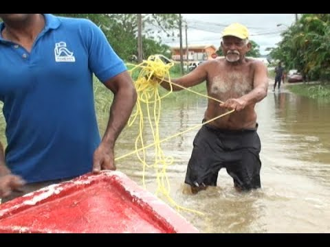 Carapo Residents Aid In Flood Rescue