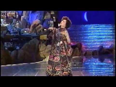 Mia Martini - La nevicata del '56 - Sanremo 1990.m4v