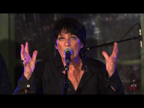 Carole Pope - Viral (Live)