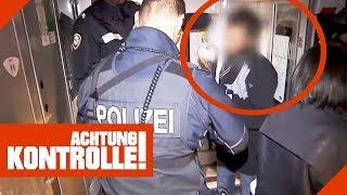 Auf dem Zug-Klo versteckt! Was verheimlicht der Verdächtige der Polizei? | Achtung Kontrolle