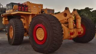 Check out this great time-lapse video of a Komatsu Electric-Drive Dump Truck 930E-2 Rebuild!