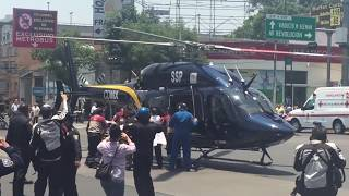 Momento en que helicóptero aterriza justo en avenida revolución, no creeras lo que pasa después