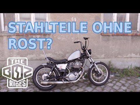 Unlackierter Stahl am Motorrad: ein Dauerexperiment und Rostgedanken
