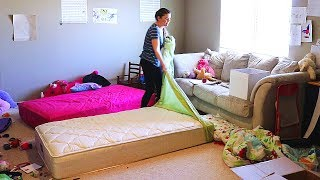 UPSTAIRS DISASTER CLEANING // SPEED CLEANING ROUTINE // CLEANING MOM