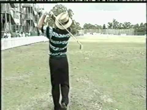 Peter Senior golf swing
