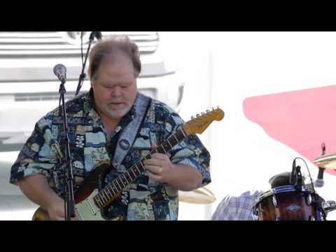What Is And What Should Never Be - Buddy Whittington & Mouse Mayes at the 2016 Dallas Guitar Show