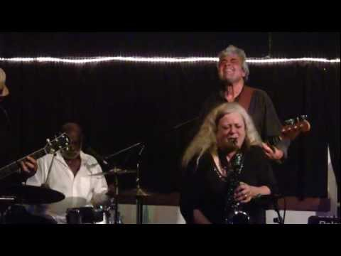 Larry Vann Sings the Blues - San Francisco Medicine Ball Band