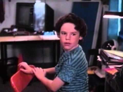 Download Munchie Trailer 1992