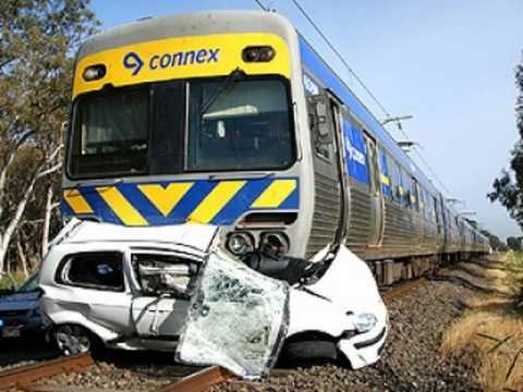 Train Crash Car Pictures of Car vs Tra...