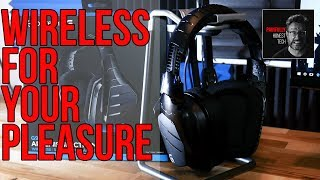 Logitech G933 Artemis Spectrum Gaming Headset Review and Mic Test