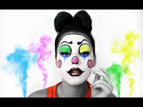flirty clown makeup Scary clown makeup effect idea / paired with one red contact lens - http://www pinterestcom/pin/350717889705796523/ - and one white contact lens - http:// wwwpinterestcom/pin/350717889705763104.