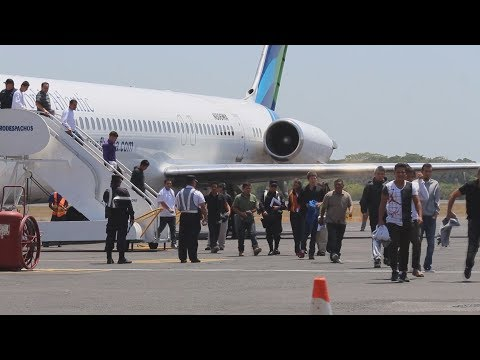 Deported Salvadorans struggle