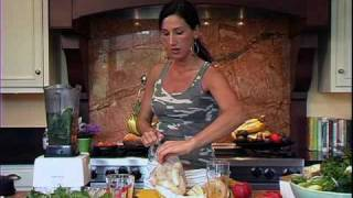 Popeye's Passion Smoothie: Raw Food Recipe