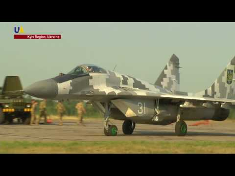 Ukrainian Air Force Show Off their Skills and Equipment