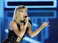 Taylor Swift Super Bowl Performance - '22' video