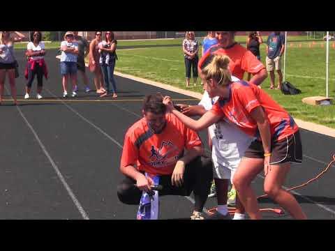 Fox Ridge Middle School's Annual Color Run generates fun, funds and school spirit