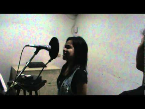 I don't wanna miss a thing(during recording) -Regine Velasquez Covered by Angel Tadije Travel Video
