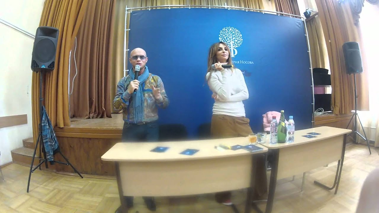 Дмитрий Хрусталев и Екатерина Варнава в школе 464 - YouTube