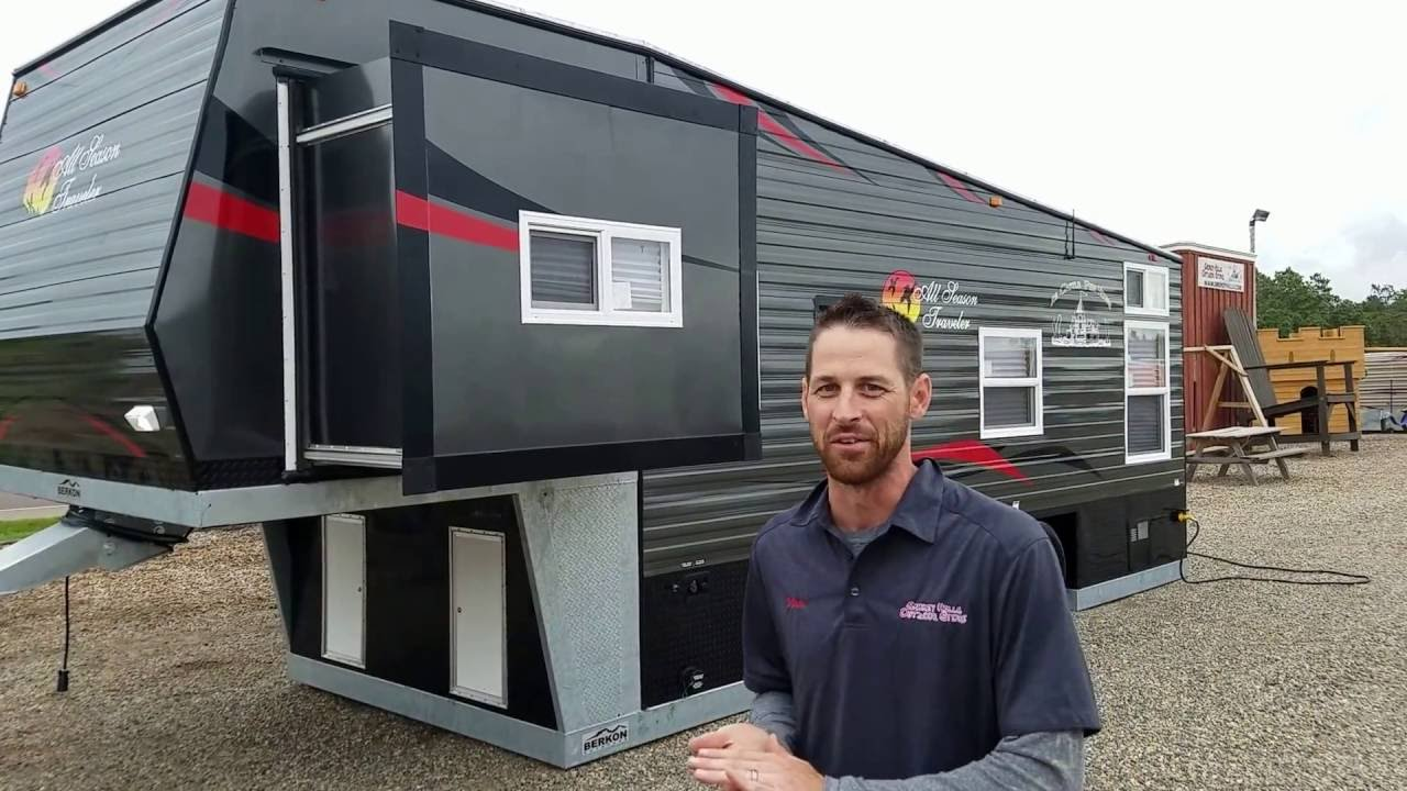 New 2017 Ice Castle 5th Wheel W Slide Out It S Huge