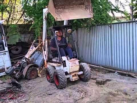 รถตัก bobcat ใช้ตักดิน มูลสัตว์ได้ ยี่ห้อ TCM เครื่อง KUBOTA 2สูบ ดีเชล ราคา 98,000บาท