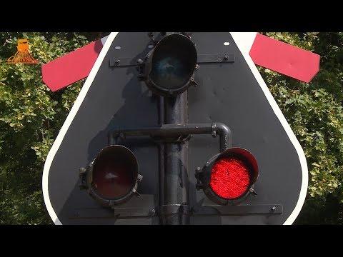 MY DUTCH RAILROAD CROSSING - Special Edit - AKI - Ens