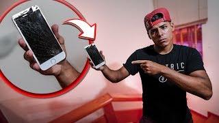 QUEBREI O IPHONE DO RENATO !! *caiu da escada*