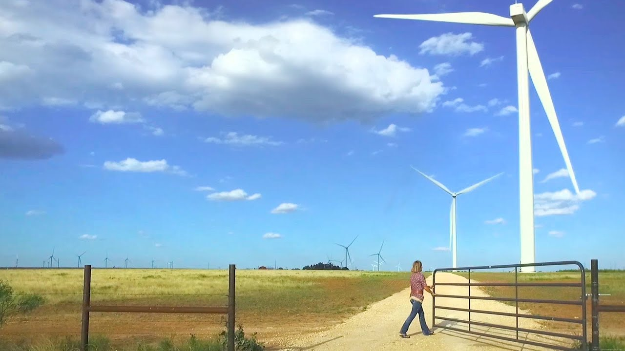 A Texas oil town learns to love wind - YouTube
