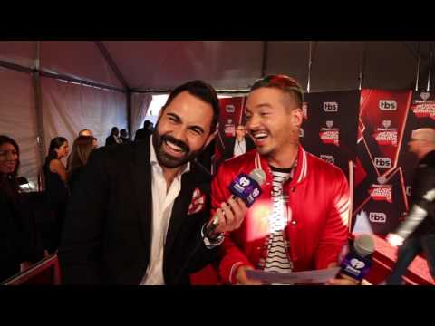 J Balvin #iHeartAwards 2017