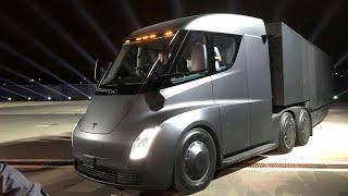 Elon Musk unveils new Tesla Semi electric truck