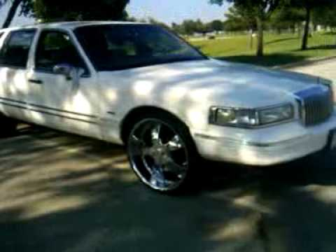 Lincoln Town Car On 24s By Flamespitta