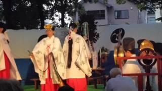 秋田市総社神社の観月際 巫女神楽(鈴舞)
