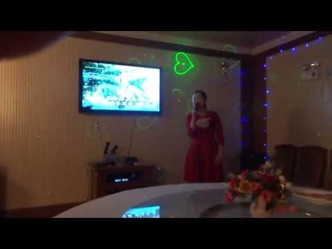 "North Korea 2013: It's Karaoke Time ""Traji""(도라지)  北朝鮮旅行 カラオケ「トラジ」"