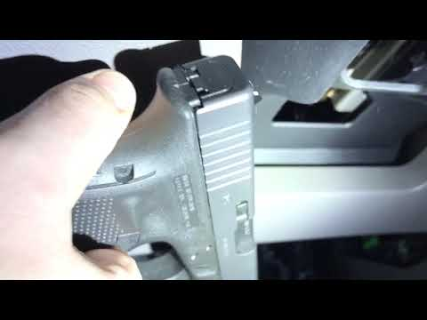 Gun magnets and car install Glock 17 mount Mp3
