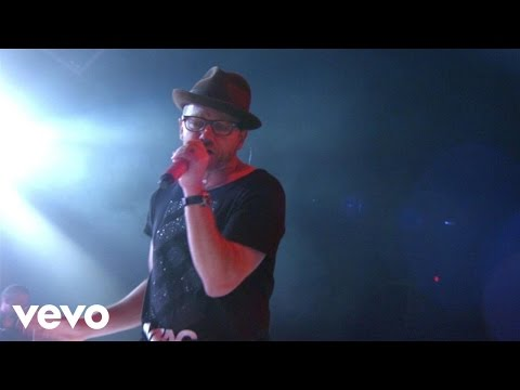 TobyMac - Love Feels Like (Live) ft. Michael Tait, Kevin Max