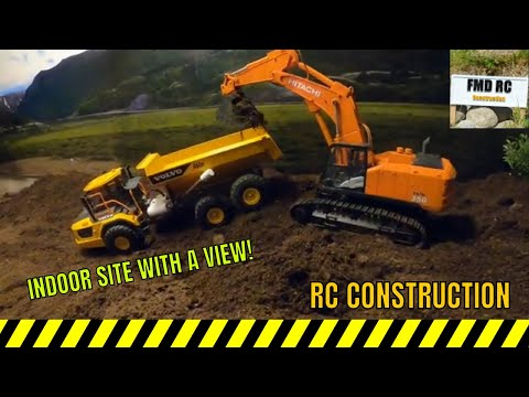RC CONSTRUCTION - Indoor Site With A VIEW - HUINA 1592/Hitachi 350 - Bruder Volvo A60H