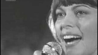 Watch Mireille Mathieu Pariser Tango video