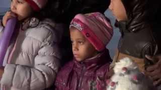 Новогодний вечер в Афинах- видео зарисовка(Новогодняя видео-зарисовка снятая на центральной площади Греции - Синтагма , 31 декабря 2013 года в 19:00 Видео..., 2014-01-02T15:13:59.000Z)