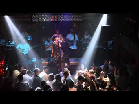 Yıldız Tilbe - Kandıramazsın Beni @ Jolly Joker İstanbul