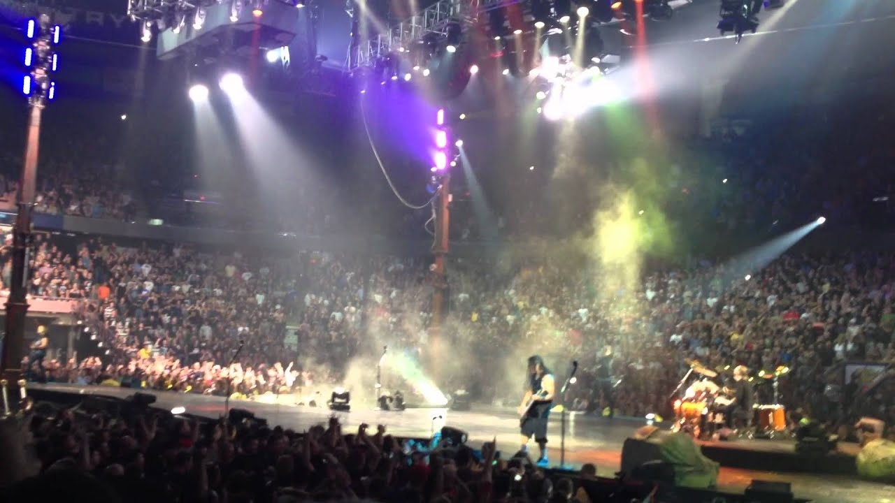 Metallica Live in Edmonton 2012 - Enter Sandman [stage ...