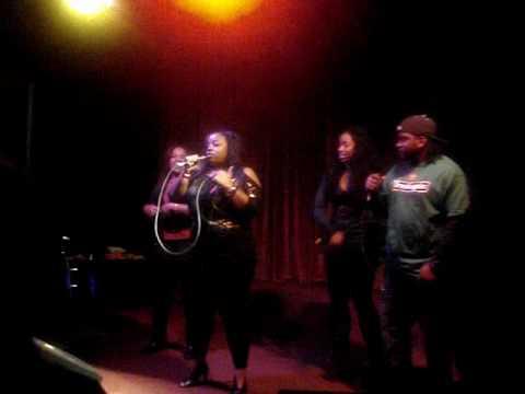 Coleiyon @ Terrace Club in Pasadena 'She Look Good'