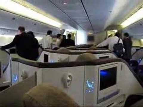 JET AIRWAYS 777-300 ER PARIS LE BOURGET