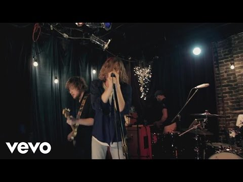Cage The Elephant - Shake Me Down (Live From The Basement At Grimey's)