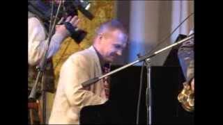 "Cherkasy Jazz Quintet ""Стоят девчонки"" (А. Колкер)"