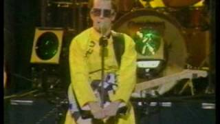Devo - Live In Japan 5-28-79 (Part 1)